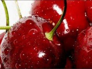 Gondosan mossuk meg a cseresznyét, és soha ne igyunk fogyasztása után rögtön vizet !